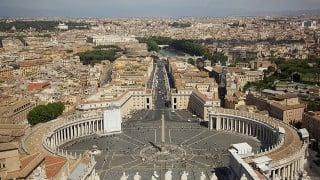 慈悲の聖年(The Holy door In Vatican)がHybrid Log Gamma(HLG)を用いて4K/HDRで全世界に衛星中継されました。