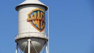 ワーナー(Warner Bros)が「Ultra HD Blu-ray」の発売を発表、2016年内に35タイトル以上リリース予定。