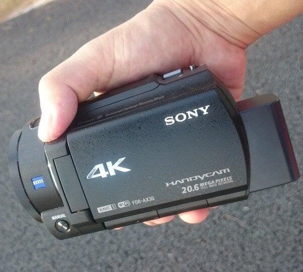 【4K Sample Movie付き】ソニー製4Kビデオカメラ「FDR-AX30」手ぶれ機能比較レビュー