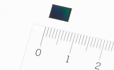 ソニー、スマホ向け4K動画対応ハイブリッドAFと3軸手ブレ補正内蔵CMOSセンサーを発表