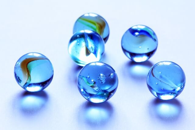 marbles-319938_640