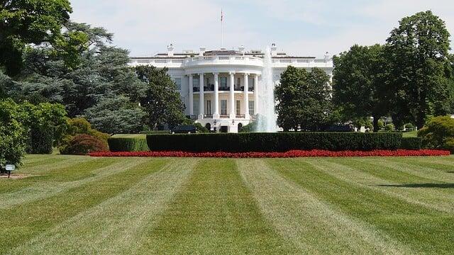 white-house-619811_640