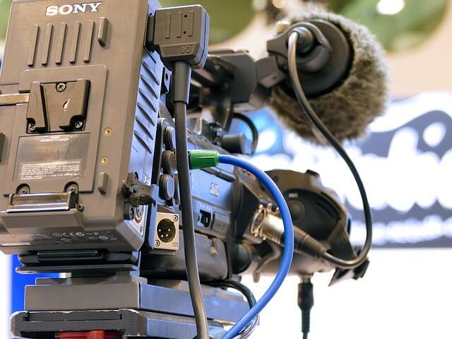 KDDIとNHK 10Gbps光回線にて「世界初8K放送の多チャンネル伝送に成功」