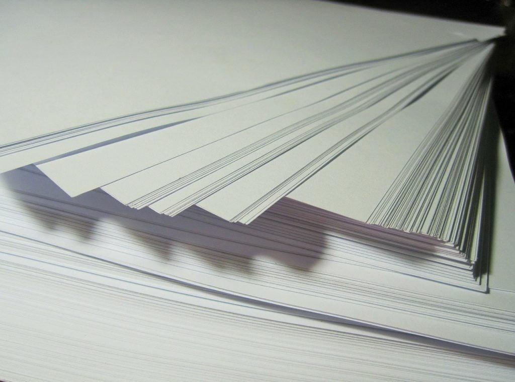 paper-315772_1280