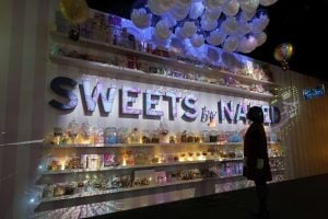 sweet neked