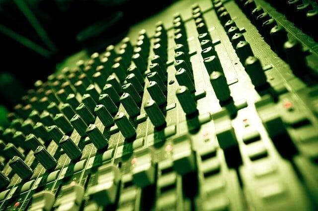 music-753066_640