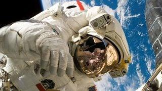 NASAとAmazon WebServices (AWS) 宇宙から4Kライブ配信を行う