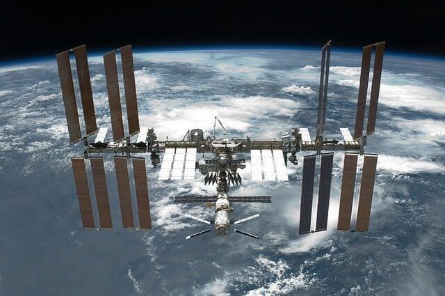 SONY α7S IIが撮影した、国際宇宙ステーションからの4K動画は素晴らしい。。。